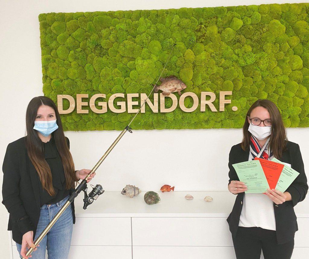 TouristInfo Deggendorf präsentiert Angelkarten für den Burgsee