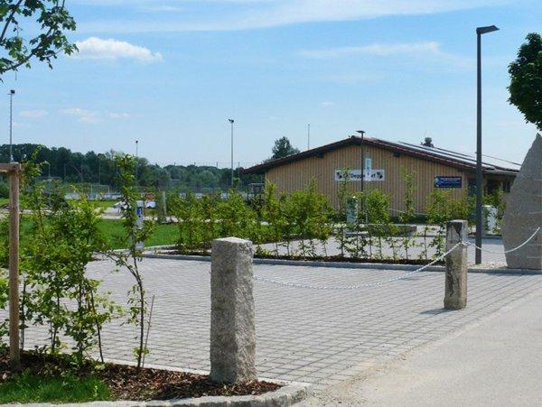 Komfort-Wohnmobilstellplatz Nähe elypso Erlebnisbad Deggendorf